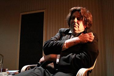 Judas Kiss_Chris Baldock as Wilde
