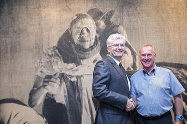 Vice-chancellor Glyn Davis with Michael Buxton_photo by Ben Johnson