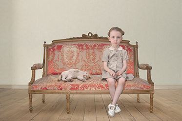 Loretta Lux_The Waiting Girl
