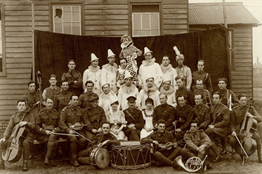 Concert party and musicians at the 3rd Australian Hospital