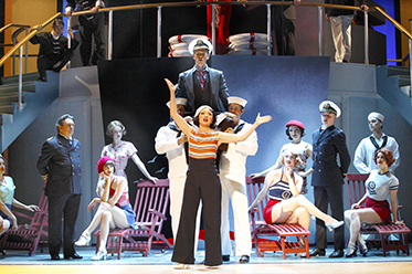 OA_JF_Anything Goes_Jeff Busby_review