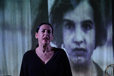 Taxithi - Maria Mercedes image Sarah Walker