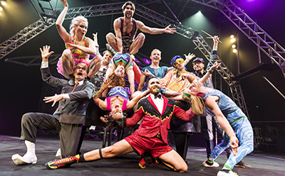 Circus Oz Ensemble 2016 photo by Rob Blackburn