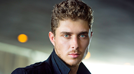 Alex Cubis Arts Review On the Couch