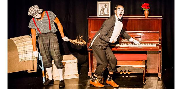 ACM La Vie Dans Une Marionette - photo by Stephen A'Court