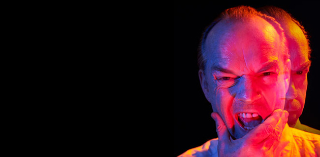 STC The Resistible Rise of Arturo Ui Hugo Weaving - photo by Rene Vaile