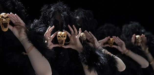 Sydney Chamber Opera The Howling Girls. Photo © Zan Wimberley AAR