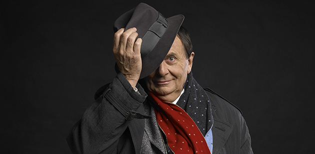 Barry Humphries -photo by Simon Schluter