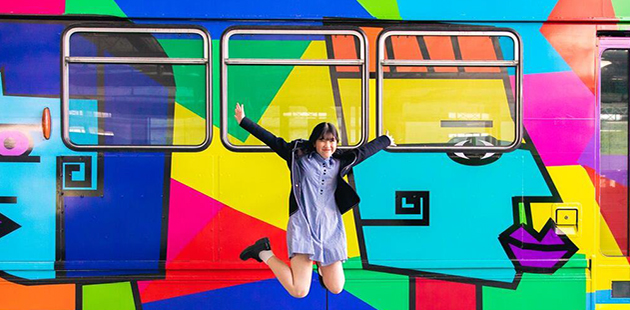 MF Valerie Tang and her 2018 Melbourne Art Tram winning design AAR