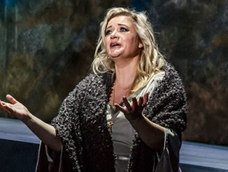 Melbourne Opera Lee Abrahmsen as Elizabeth in Tannhauser