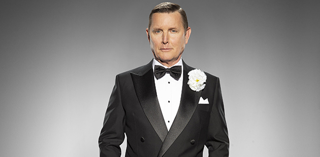 Chicago Tom Burlinson as Billy Flynn - photo by Peter Brew-Bevan