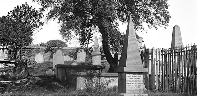 Church of England burial ground, Devonshire Street Cemetery, 1901 - photo by Mrs Arthur George Foster, Mitchell Library - State Library of New South Wales