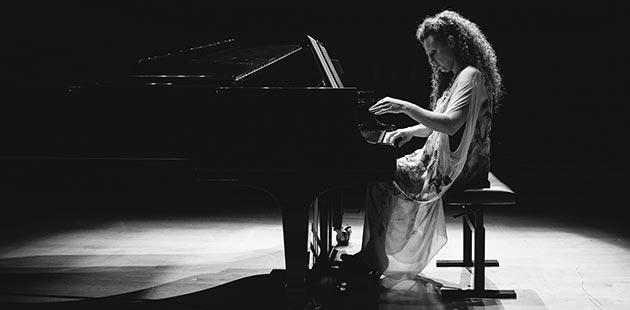Sonya Lifschitz Stalin's Piano