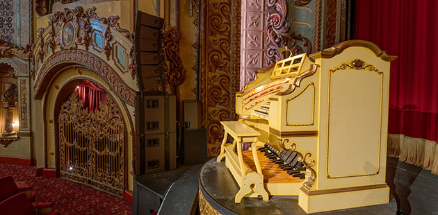 The State Theatre Wurlitzer Organ - photo by Giselle Hargrave