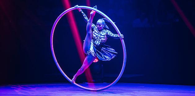 Cirque Stratosphere - photo by Jordan Munns
