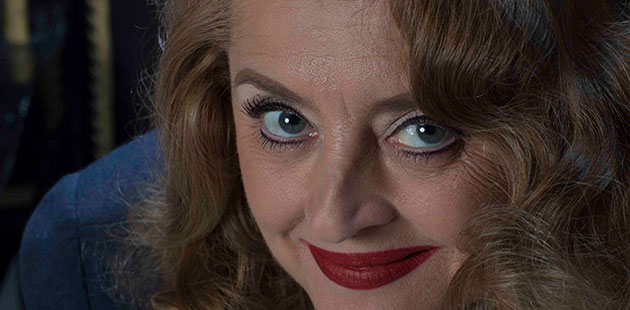 Jeanette Cronin as Bette Davis