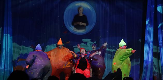 Australian-Arts-Review-Adelaide-Fringe-Wilbur-The-Optical-Whale-photo-Christy-Jones