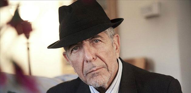 Leonard-Cohen-photo-by-Dominique-Issermann