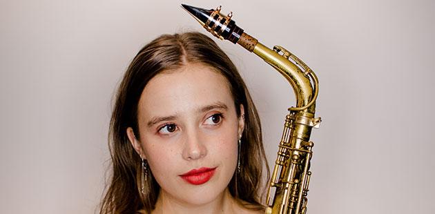 MIJF-Holly-Moore