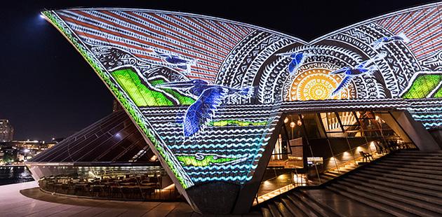 AC-Sydney-Opera-House-Badu-Gili-Artist-Alick-Tipoti-photo-Daniel-Boud