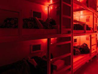 Darkfield-COMA-Audience-in-bunks-photo-by-Mihaela-Bodlovic