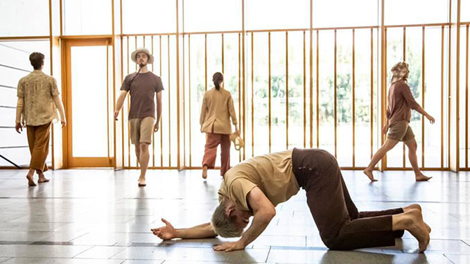 QL2-Dance-My-Place-photo-by-Lorna-Sim