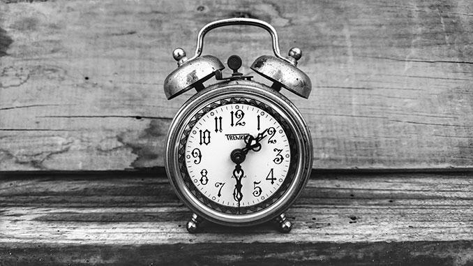 Alarm-Clock-mohssine-chnaf-on-Unsplash