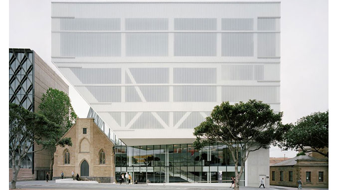 AAR-DV-Geelong-Arts-Centre-Exterior-photo-by-Rory-Gardiner