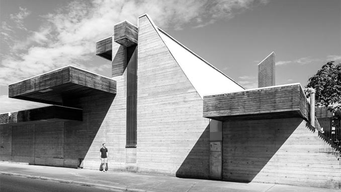 Enrico-Taglietti-Australia-War-Memorial-Annex-1979-(detail)-photo-by-Darren-Bradley
