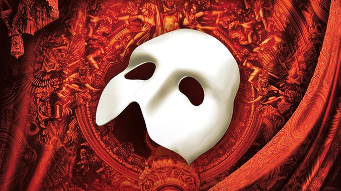 AAR-The-Phantom-of-the-Opera-Mask-on-red-background