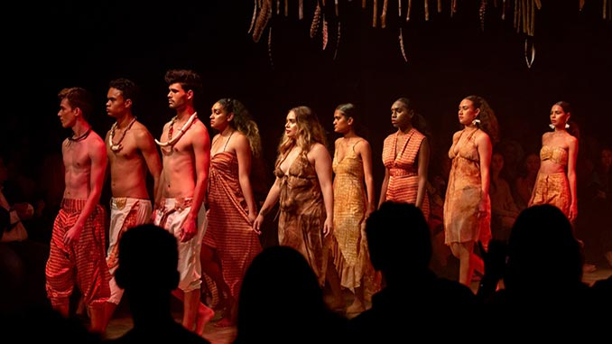 Fashion-Performance-Cairns-Indigenous-Art-Fair-photo-by-Kerry-Trapnell-Photography