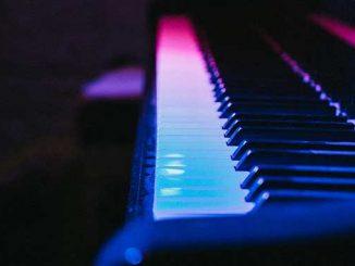 Piano-photo-byGerold-HinzenonUnsplash