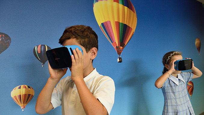 Children-using-VR-goggles-stem-t4l-unsplash