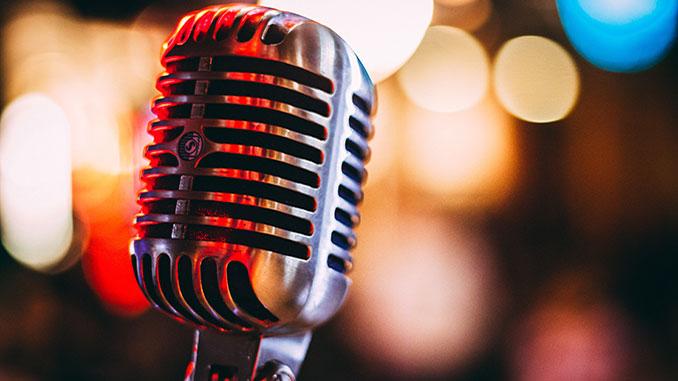 Microphone-Israel-Palacio-Unsplash